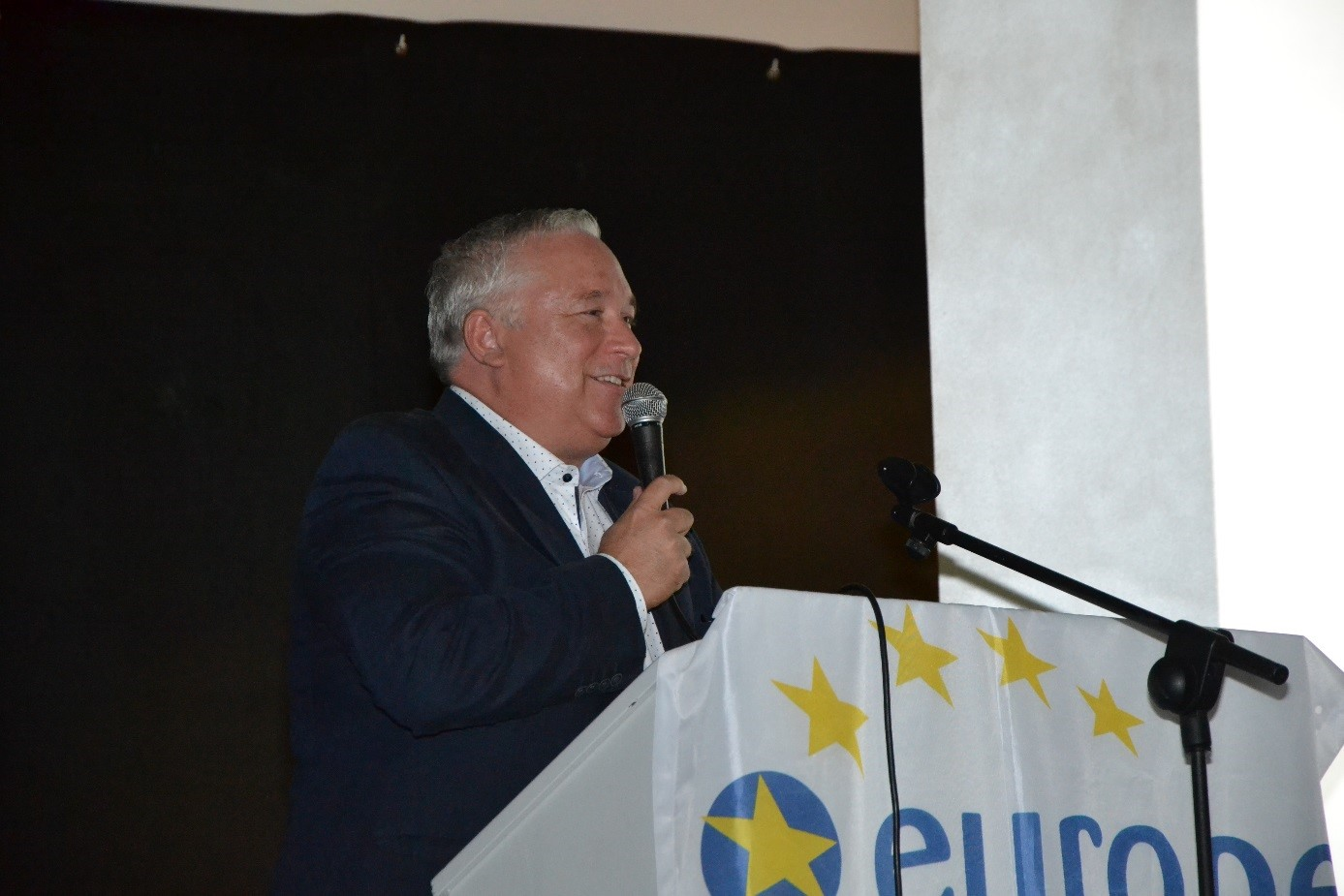 Jochen Pöttgen, Leiter der Vertretung der Europäischen Kommission in Bonn, berichtet von seiner Arbeit und der Zukunft der Europäischen Union