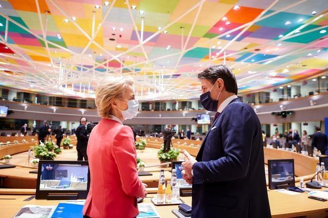 Bild: Europäische Union Ursula von der Leyen und Giuseppe Conte