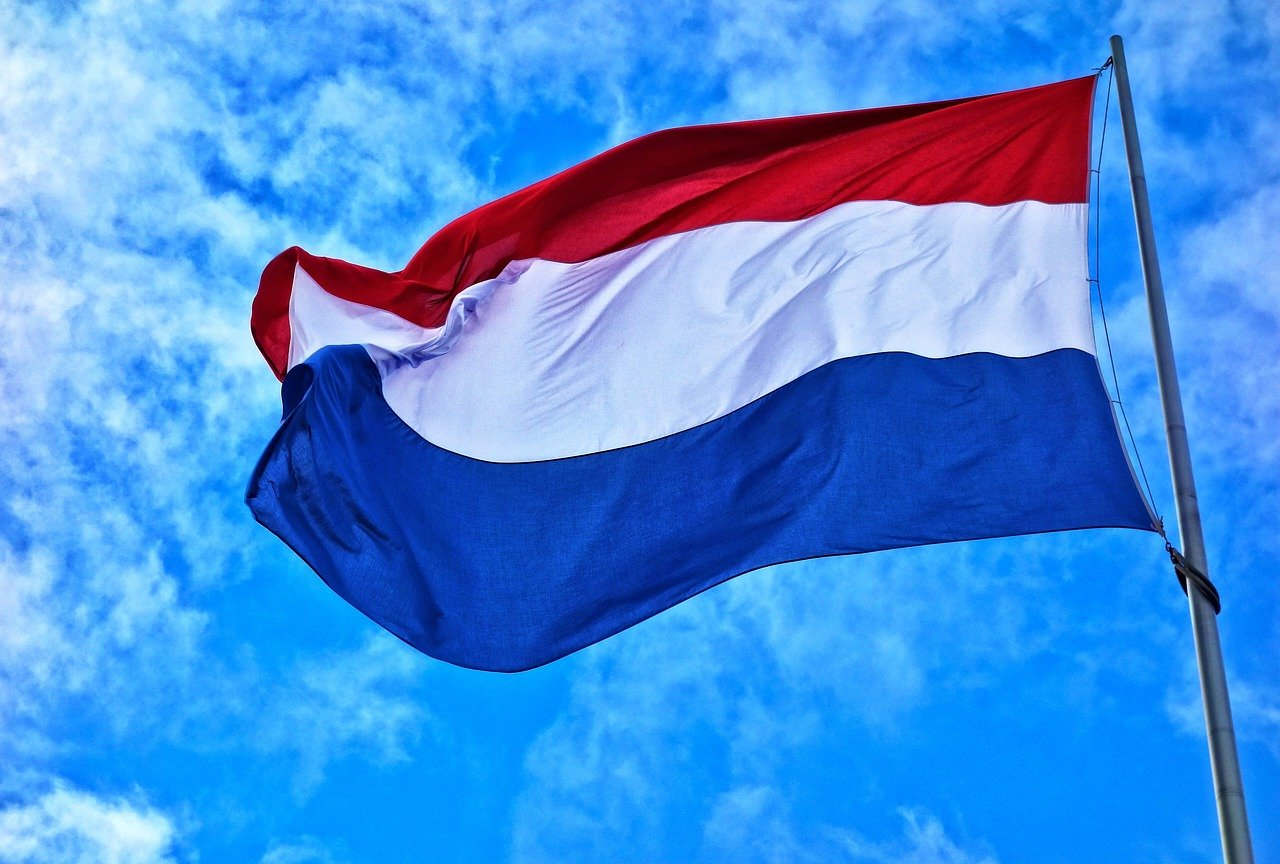flag-g7a03c4388_1280